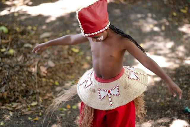 20 08 26 TCE 2020 AndreaLeal 0410 S Editar 640x427 Fotolivro Por uma Infância Sem Racismo